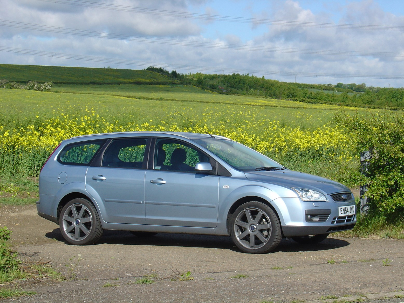 ford focus estate review  2005