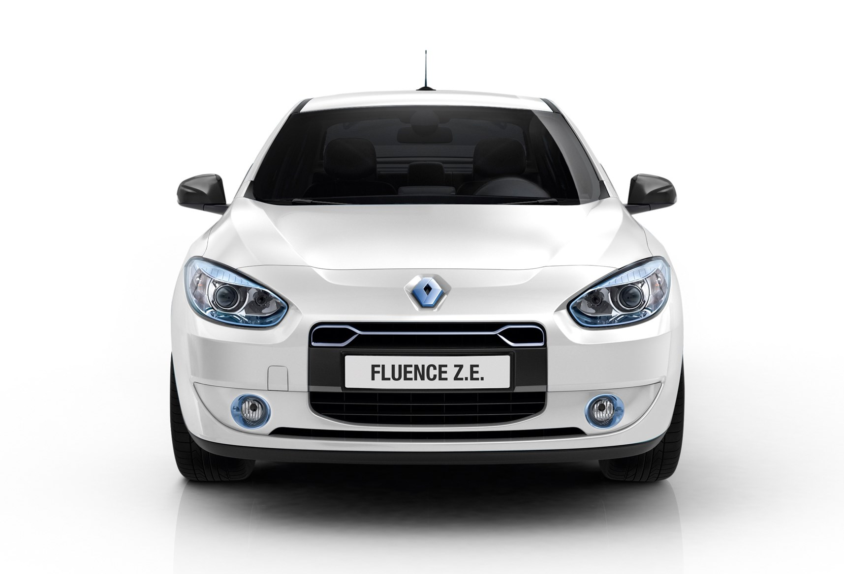 renault fluence saloon review 2012 2013 parkers. Black Bedroom Furniture Sets. Home Design Ideas