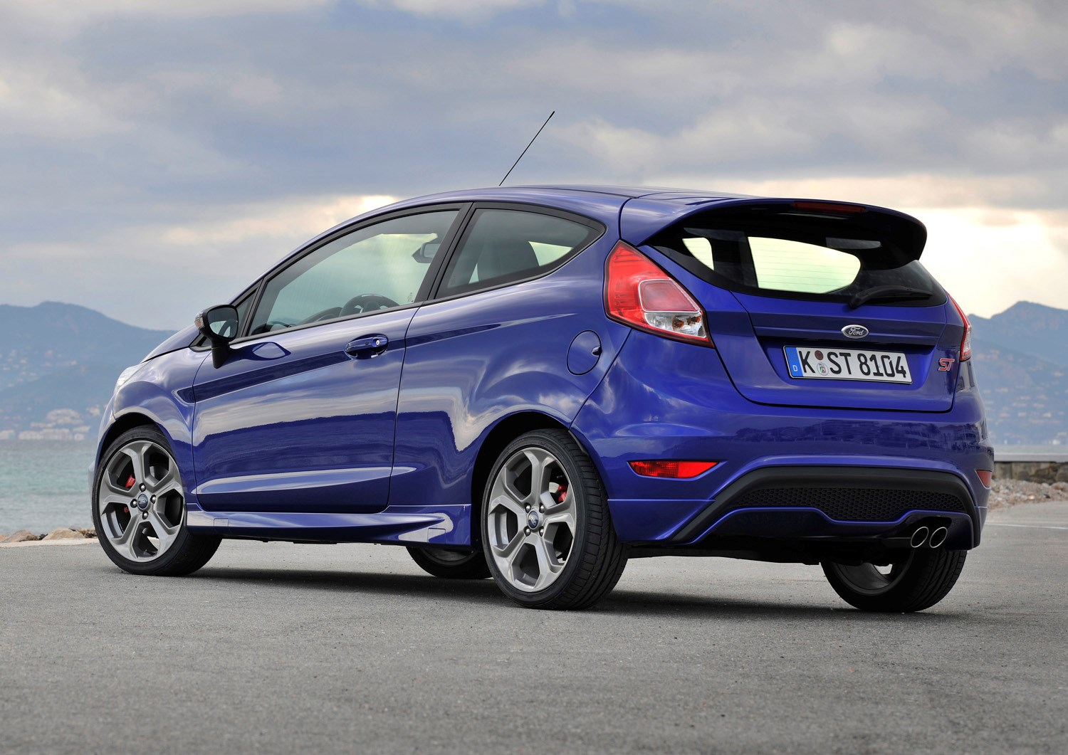 ford fiesta st review 2012 parkers. Black Bedroom Furniture Sets. Home Design Ideas