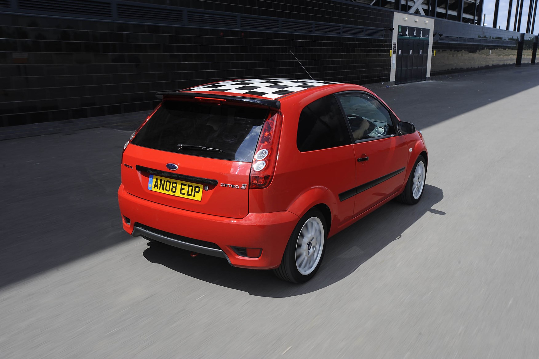 Used Ford Fiesta Hatchback (2002 - 2008) Practicality | Parkers