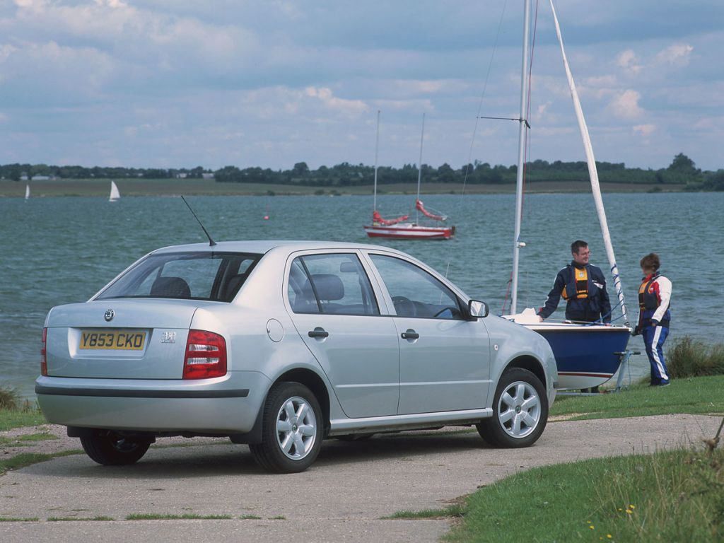 Used Hyundai Accent >> Used Skoda Fabia Saloon (2001 - 2005) Review   Parkers