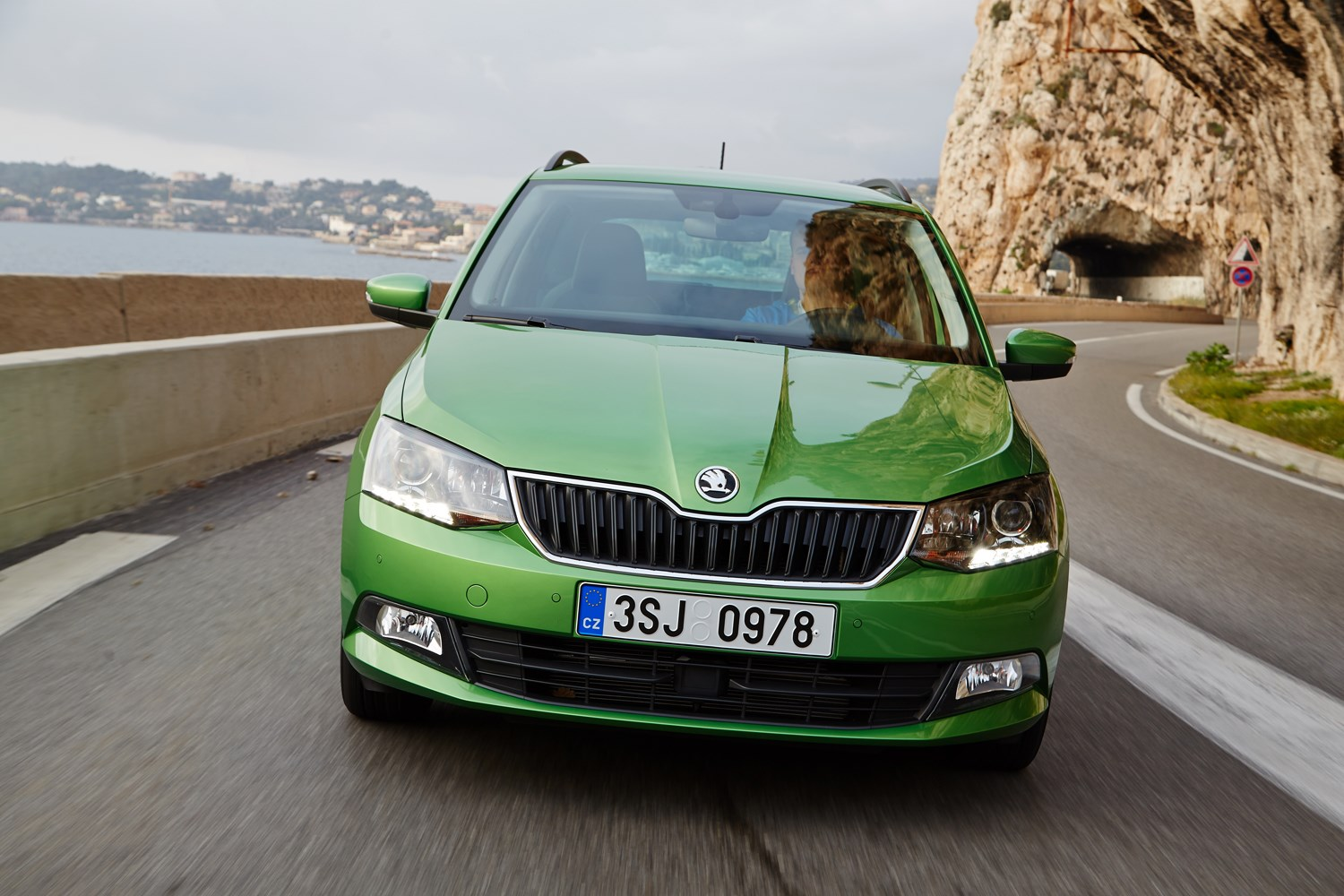 skoda fabia estate 2015 features equipment and