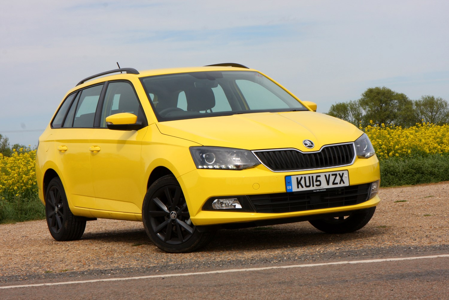 skoda fabia estate 2015 driving amp performance parkers