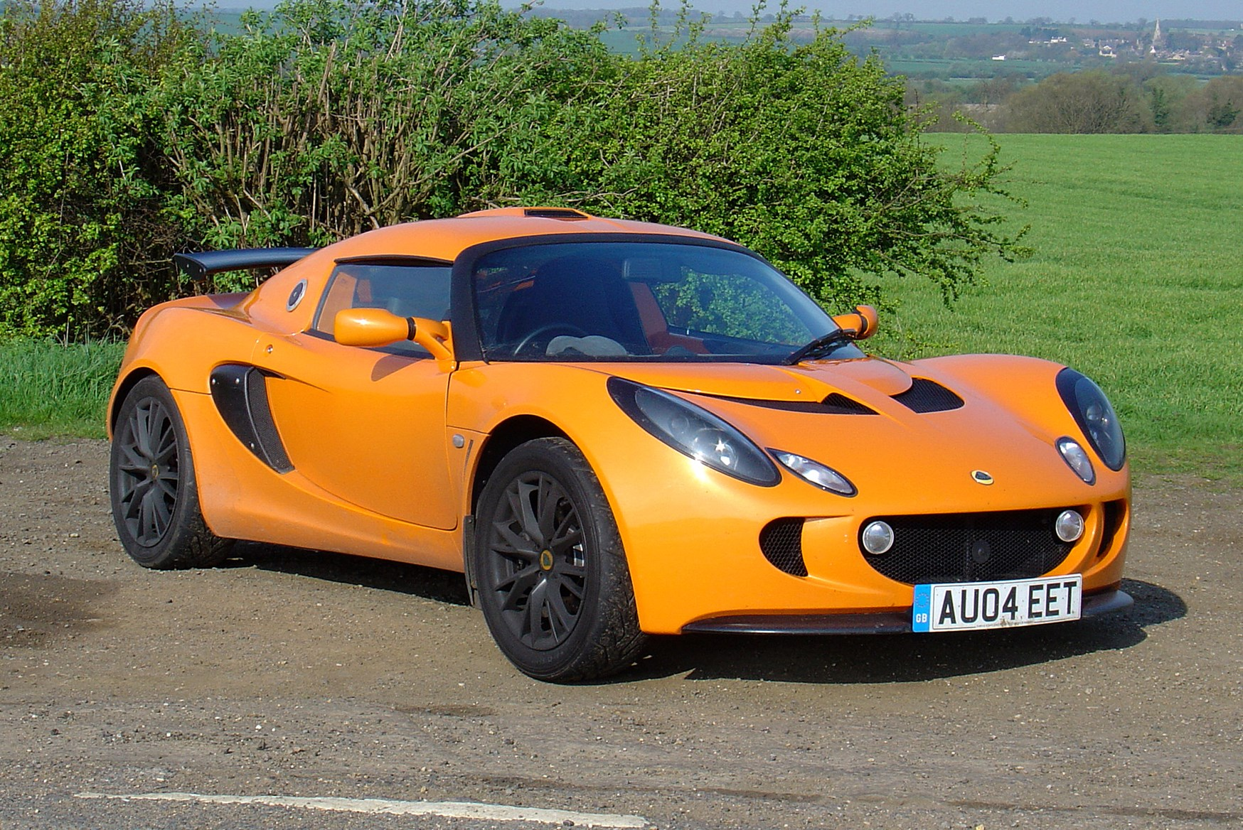 lotus exige coupe 2004 driving performance parkers. Black Bedroom Furniture Sets. Home Design Ideas