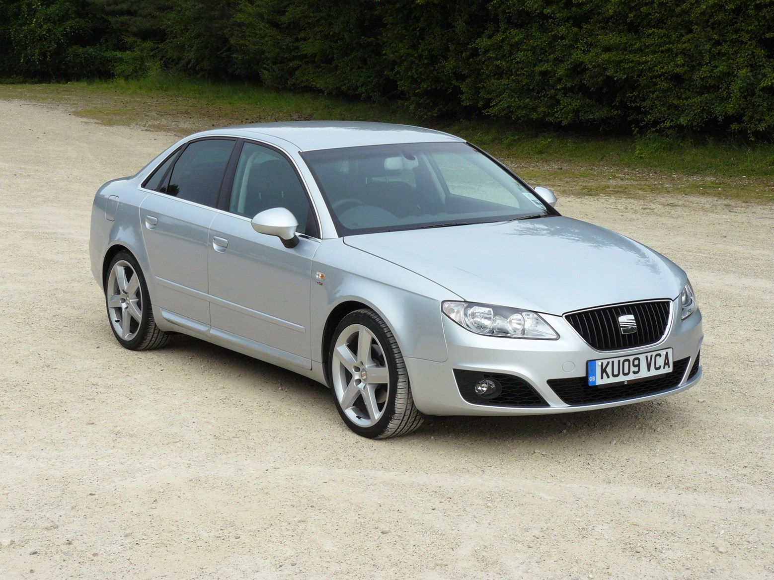 seat exeo saloon review 2009 2013 parkers. Black Bedroom Furniture Sets. Home Design Ideas