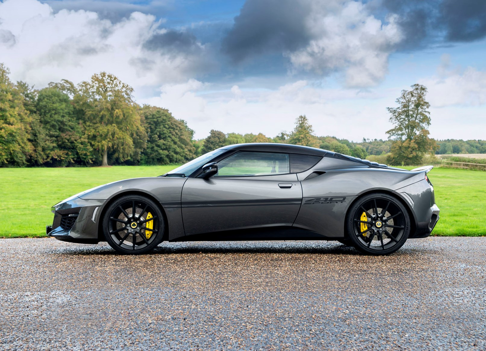 lotus evora coupe 2009 running costs parkers. Black Bedroom Furniture Sets. Home Design Ideas