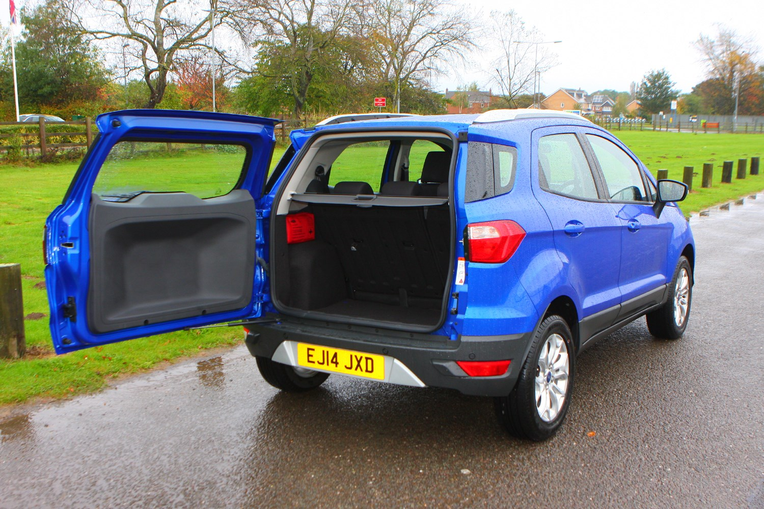 Ford Ecosport Review Buying And Selling Parkers