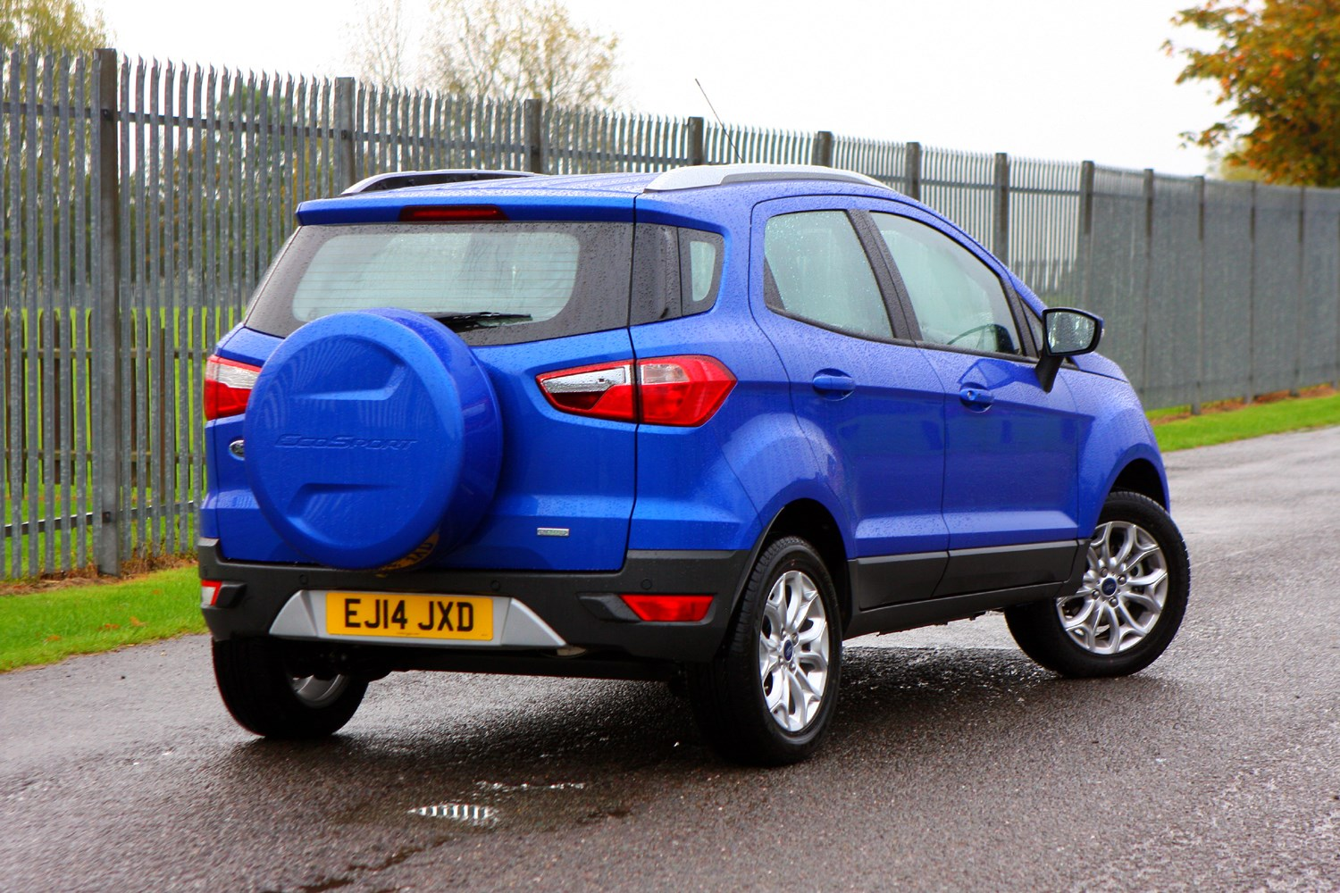 Ford EcoSport 4x4 Review (2014 - ) | Parkers