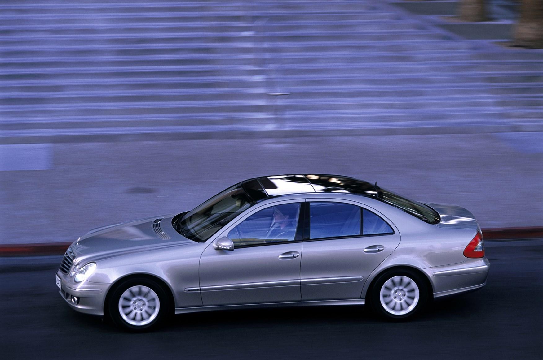 Mercedes benz e class saloon review 2002 2008 parkers for Mercedes benz 2002 e class