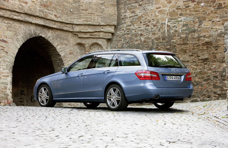 Mercedes benz e class estate 2010 2016 photos parkers for How much is a mercedes benz e class