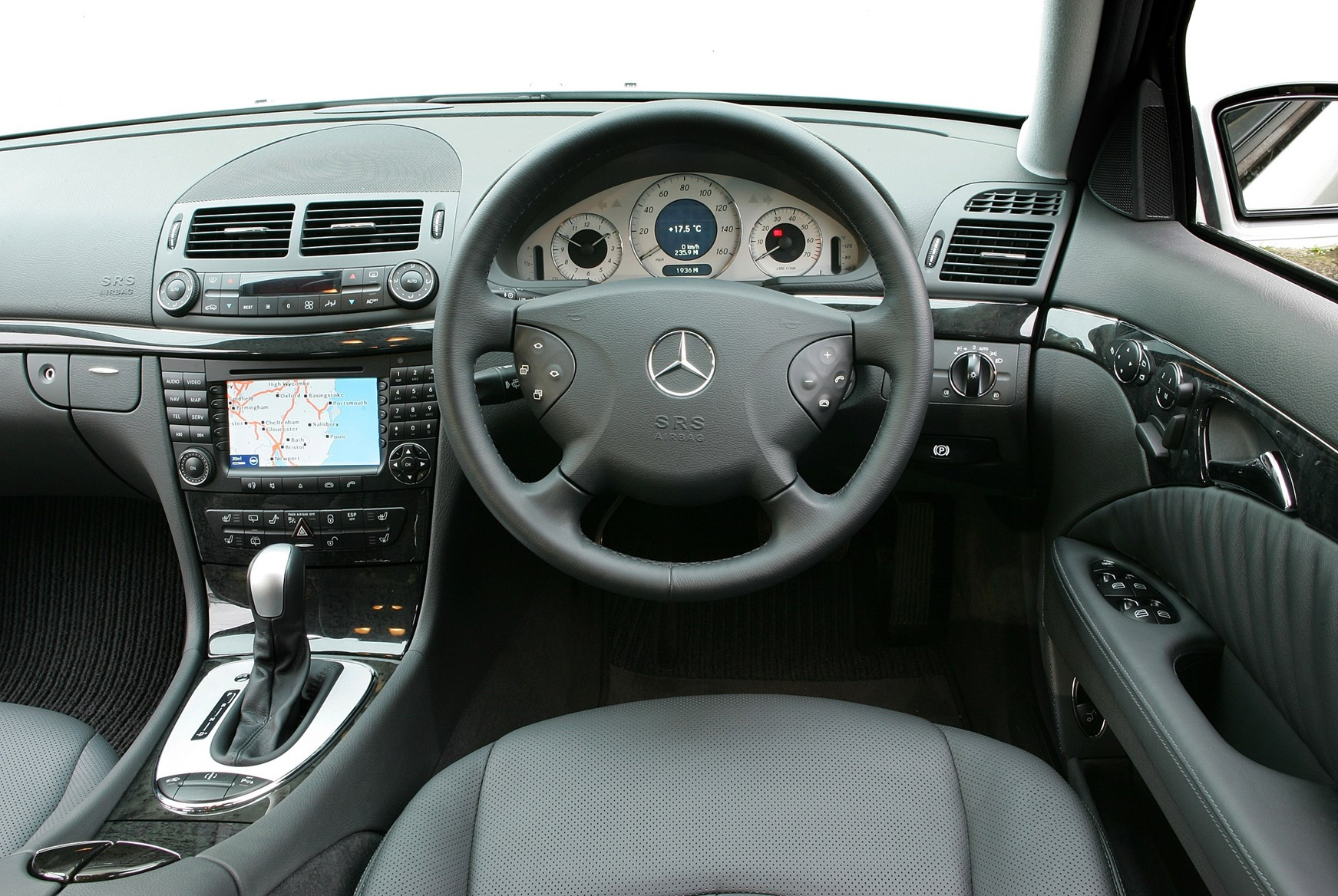 Used Mercedes-Benz E-Class Estate (2003 - 2008) MPG | Parkers