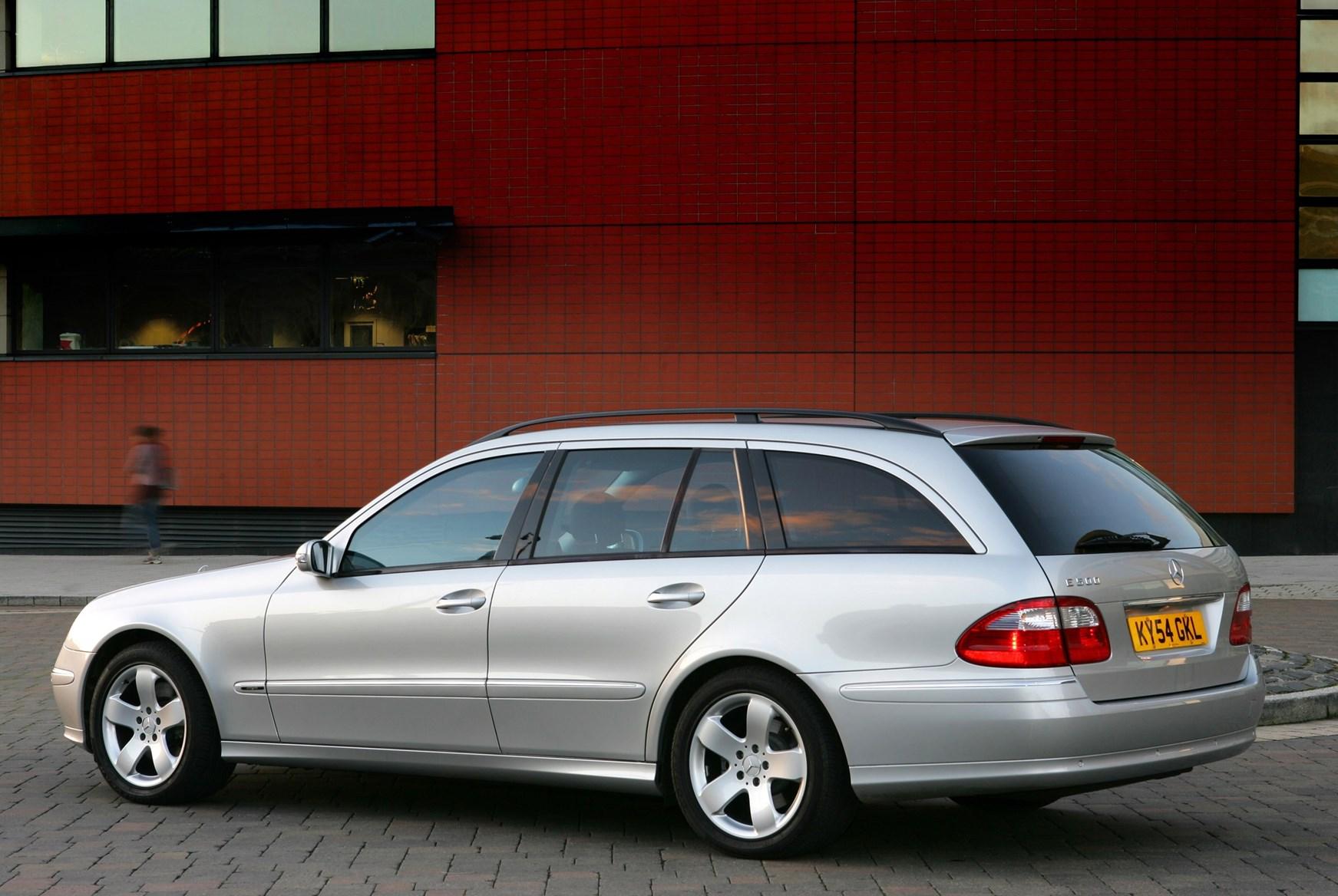 Mercedes benz e class estate review 2003 2008 parkers for How much is a mercedes benz e class
