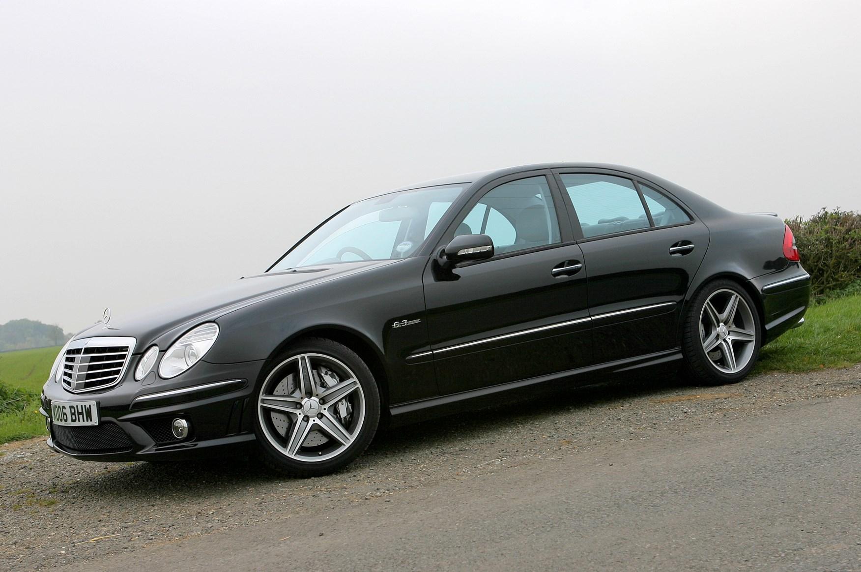 Mercedes benz e class amg 2002 2008 features for Mercedes benz e class accessories