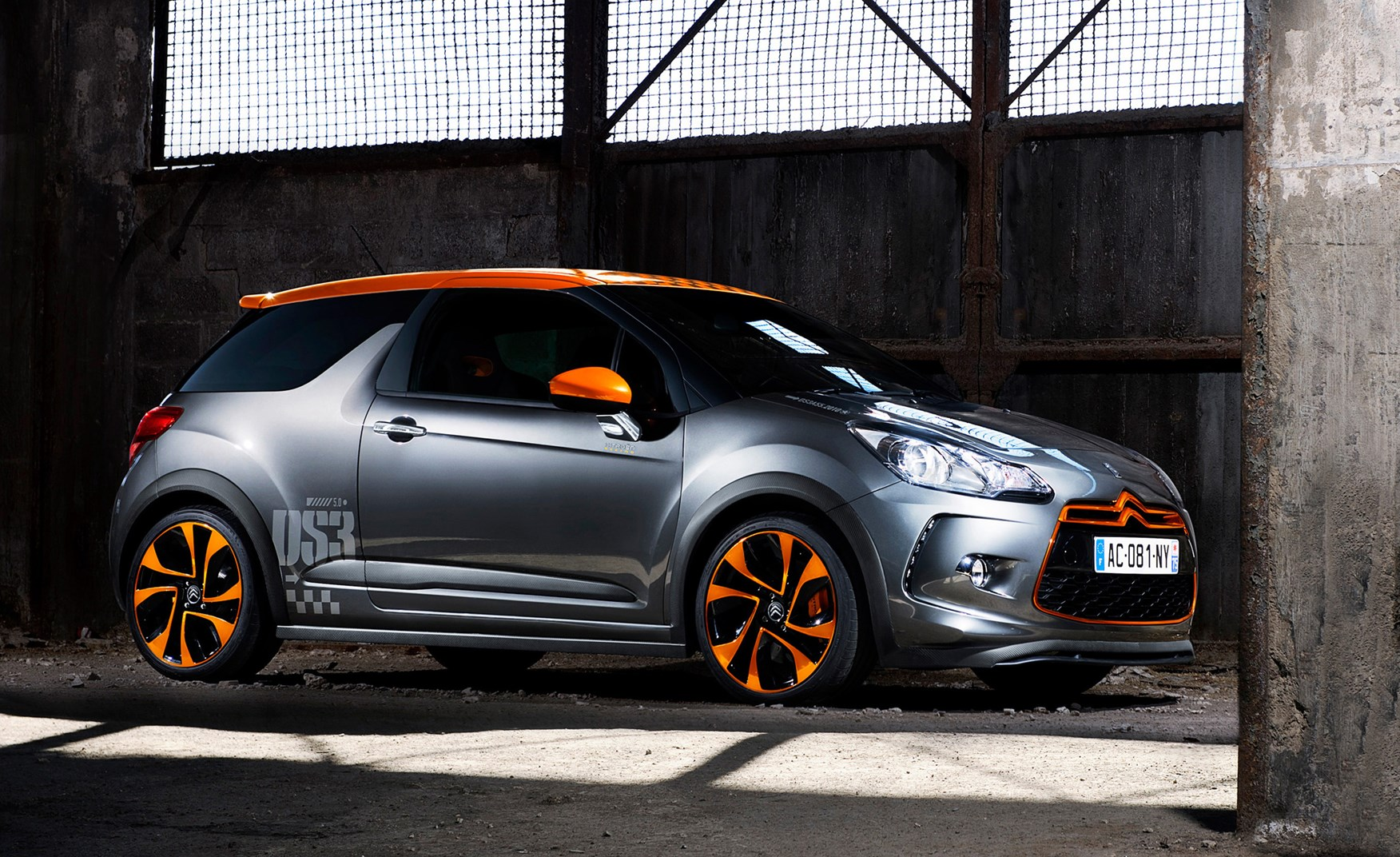 Citron ds3 racing 2011 2011 rivals parkers how much is it to insure vanachro Image collections