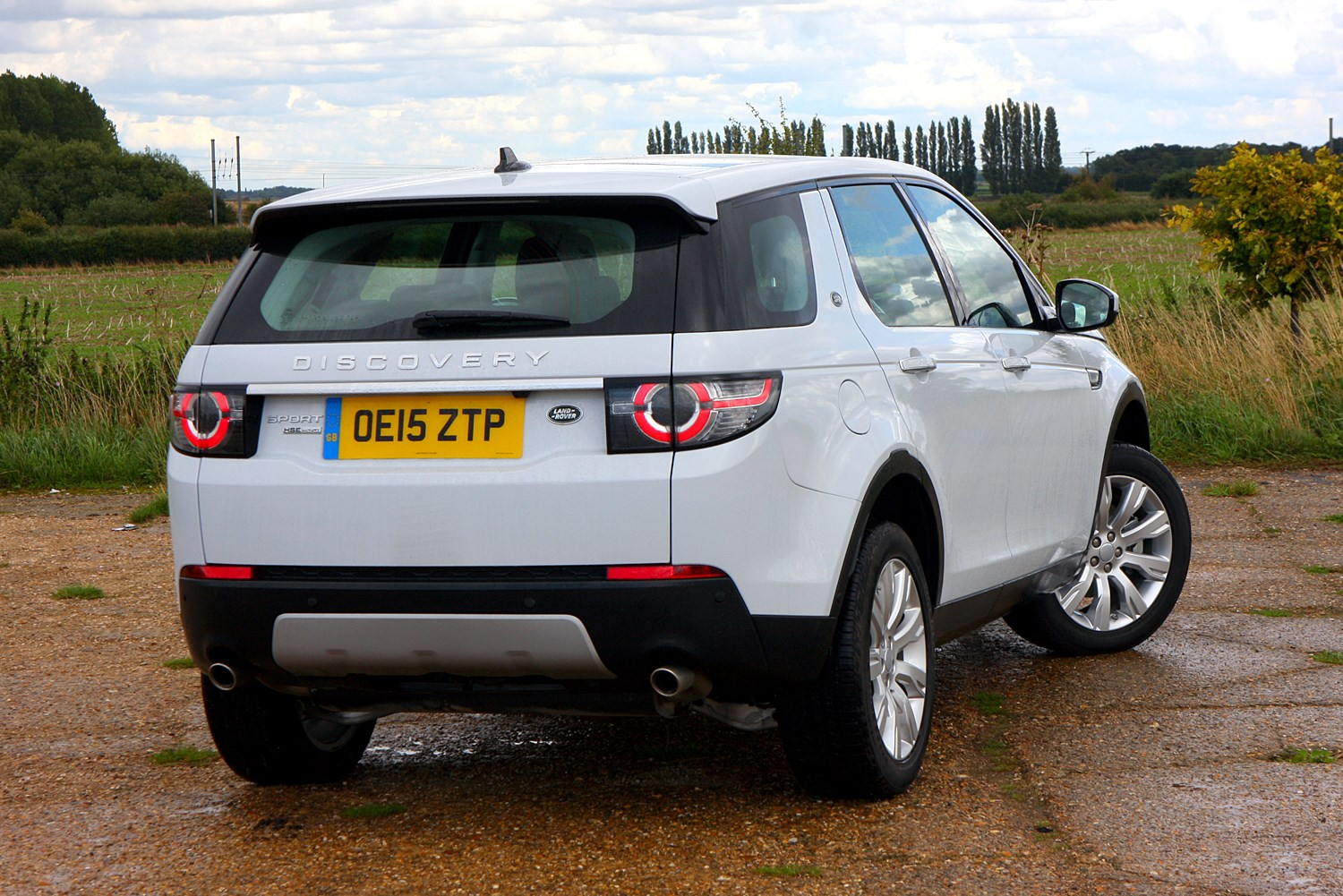 land rover discovery sport suv review parkers. Black Bedroom Furniture Sets. Home Design Ideas