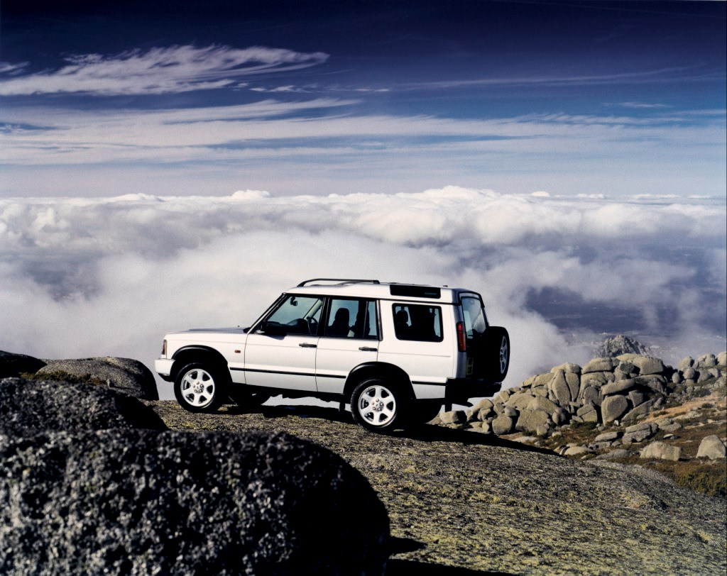 Land Rover Discovery Station Wagon Review 1998 2004