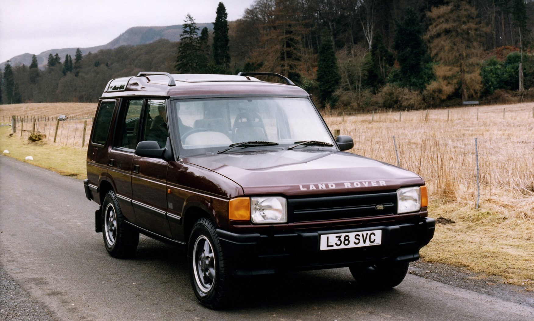Land Rover Discovery Station Wagon 1989 1998 Features
