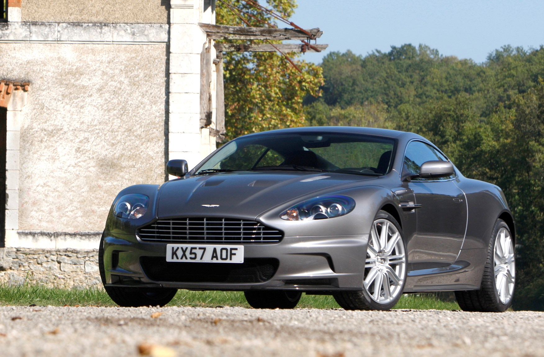 aston martin dbs coupe review 2008 2012 parkers. Black Bedroom Furniture Sets. Home Design Ideas