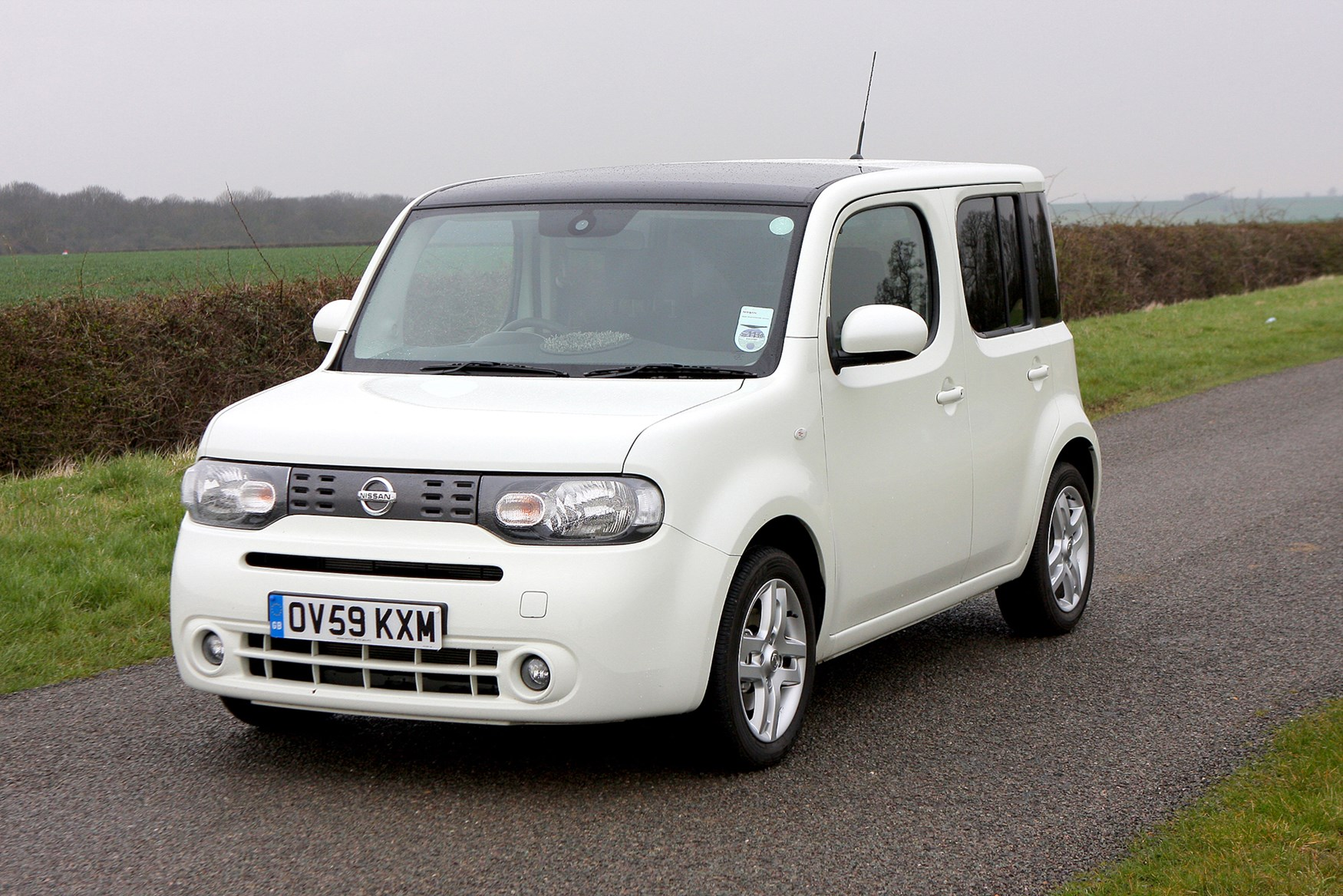 nissan cube estate review 2010 2010 parkers. Black Bedroom Furniture Sets. Home Design Ideas