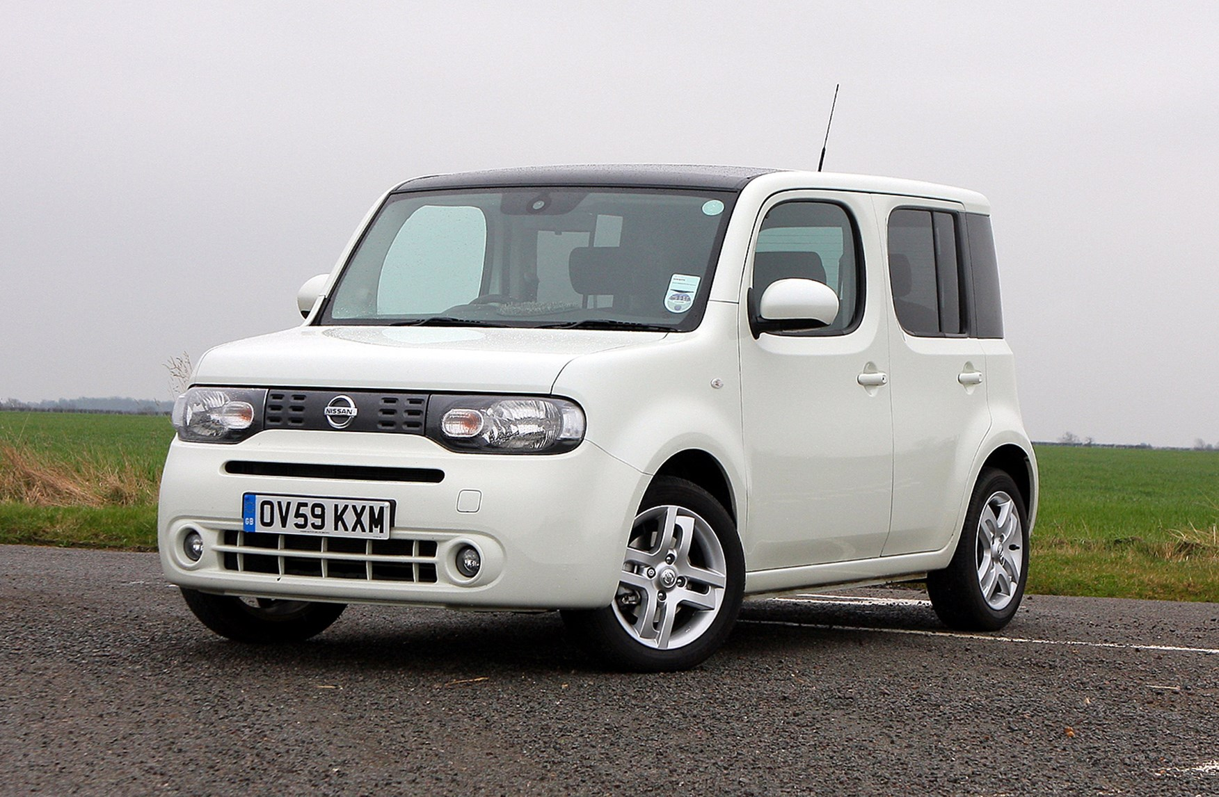 nissan cube estate 2010 2010 buying and selling parkers. Black Bedroom Furniture Sets. Home Design Ideas