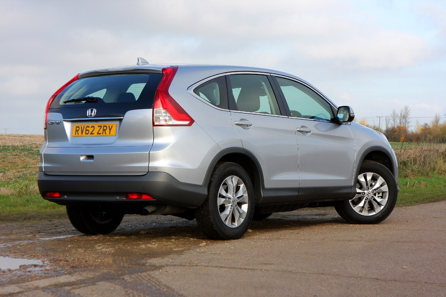 honda cr v hatchback 2012 2017 photos parkers