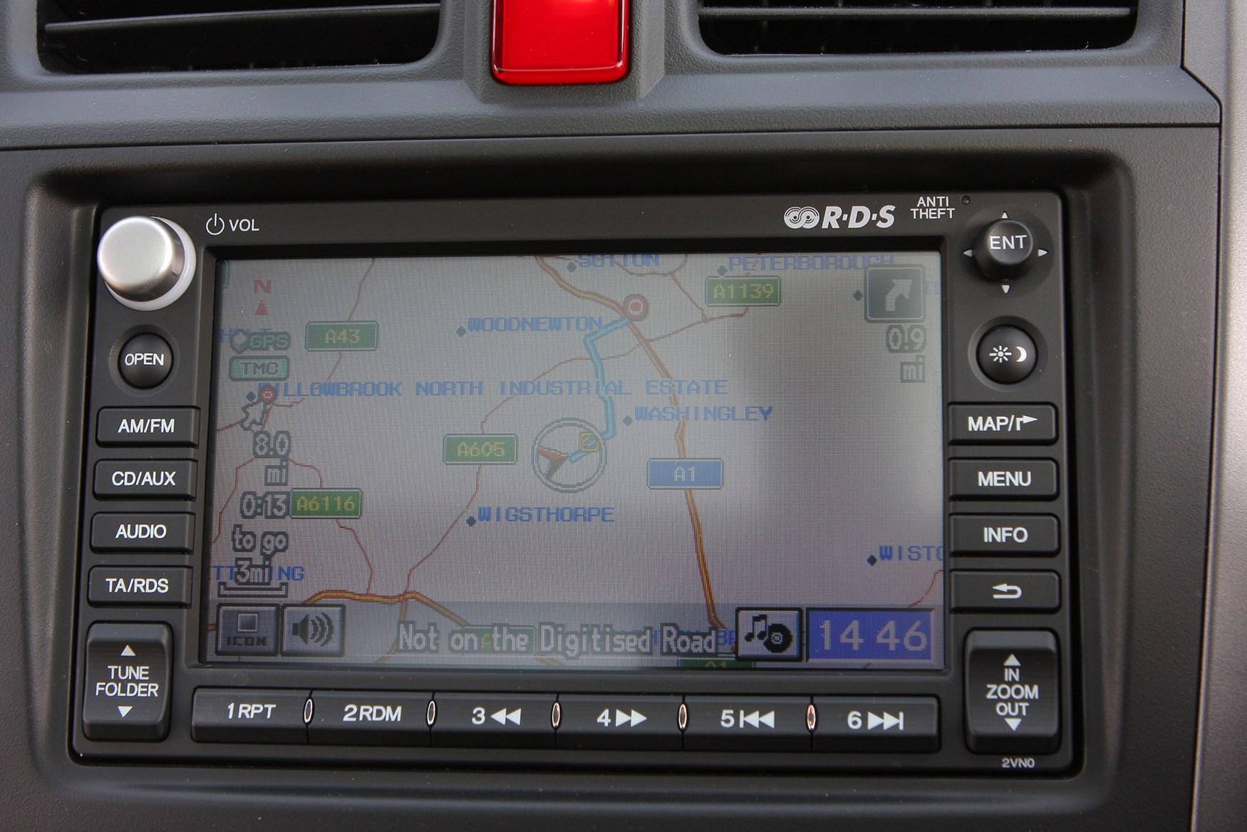 Used Honda CR-V Estate (2007 - 2012) Practicality | Parkers