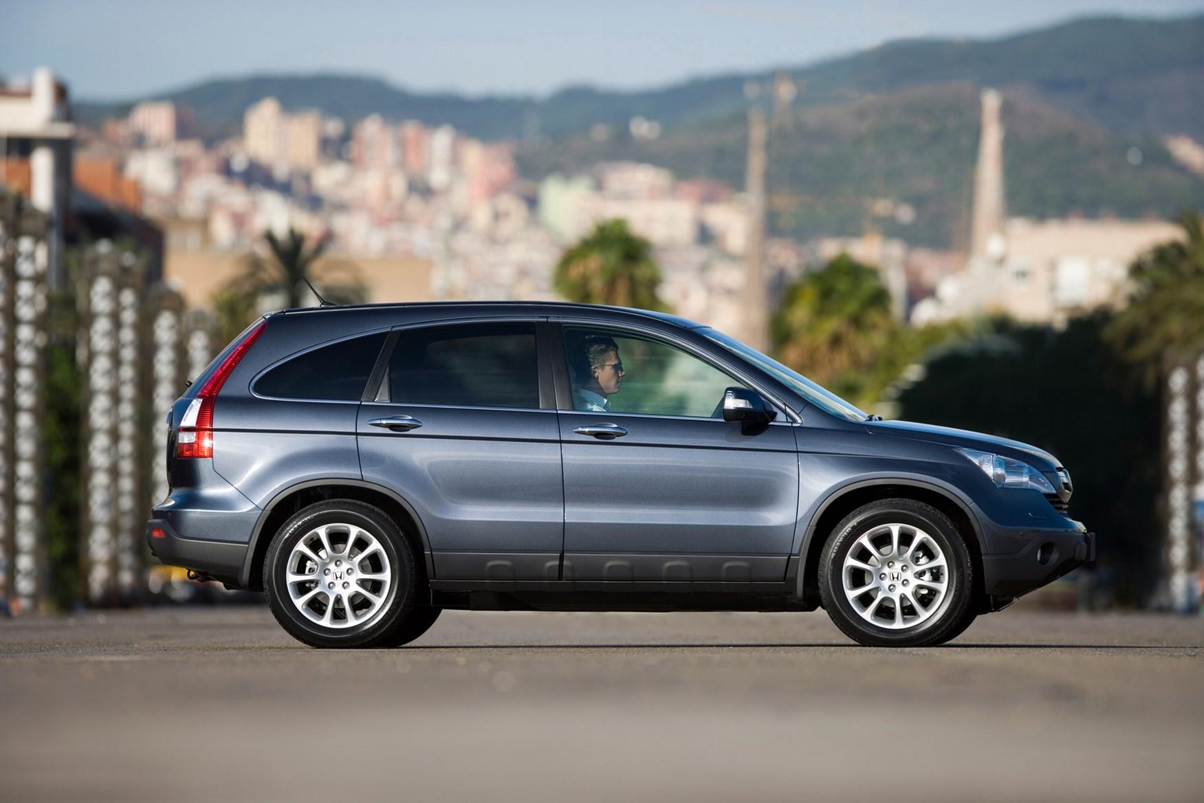 Honda CR V Estate Review (2007   2012) | Parkers