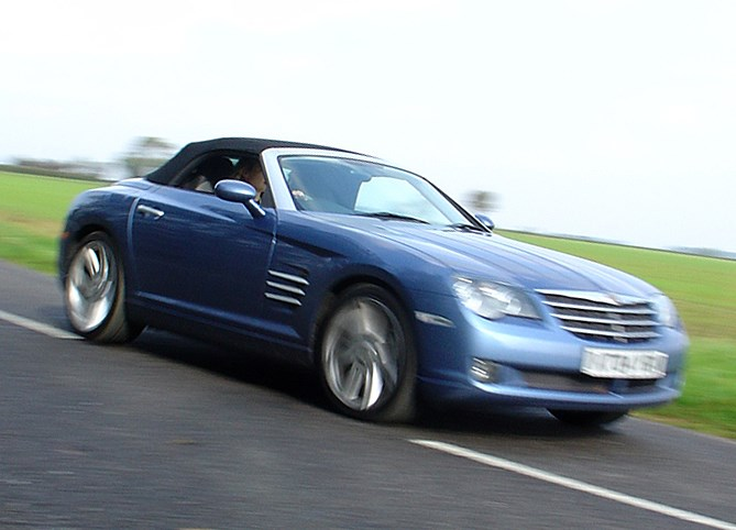 Chrysler Crossfire Roadster 2004 2008 Features