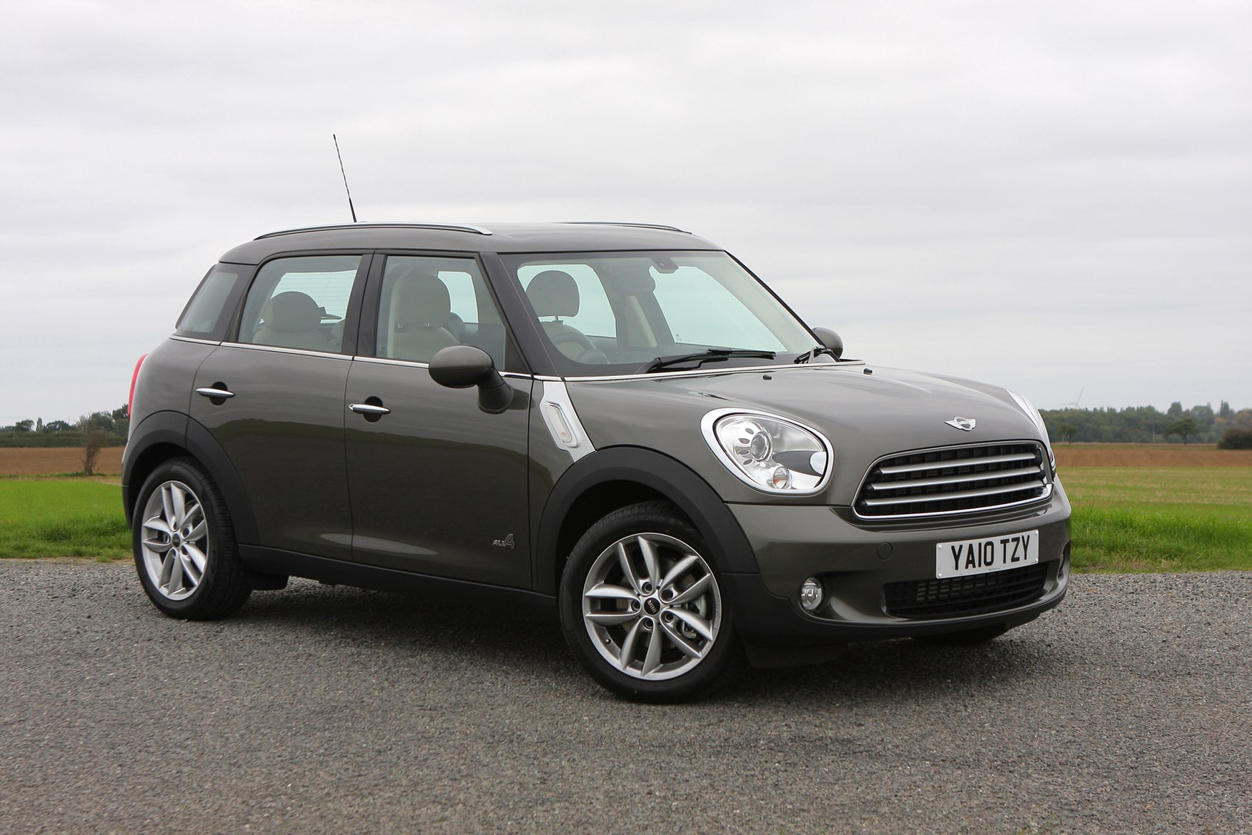 mini countryman estate 2010 2017 running costs parkers. Black Bedroom Furniture Sets. Home Design Ideas