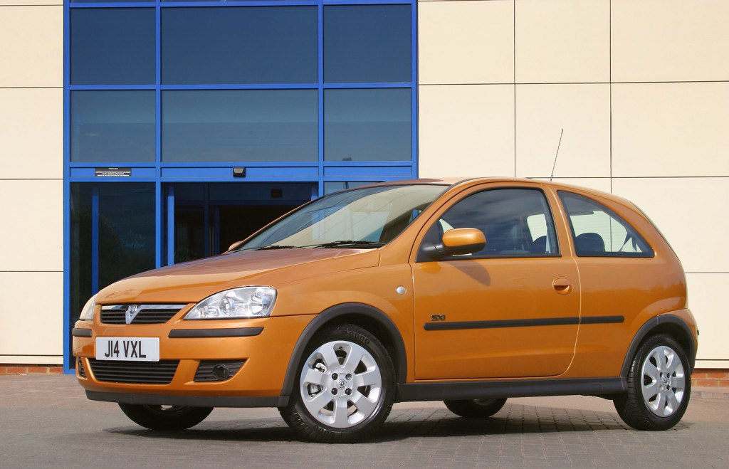 Vauxhall Corsa Hatchback Review 2003 2006 Parkers