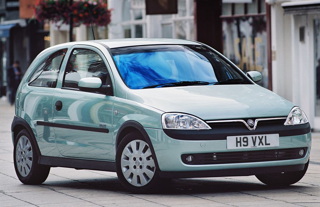 Vauxhall Corsa Hatchback Review 2000 2004 Parkers