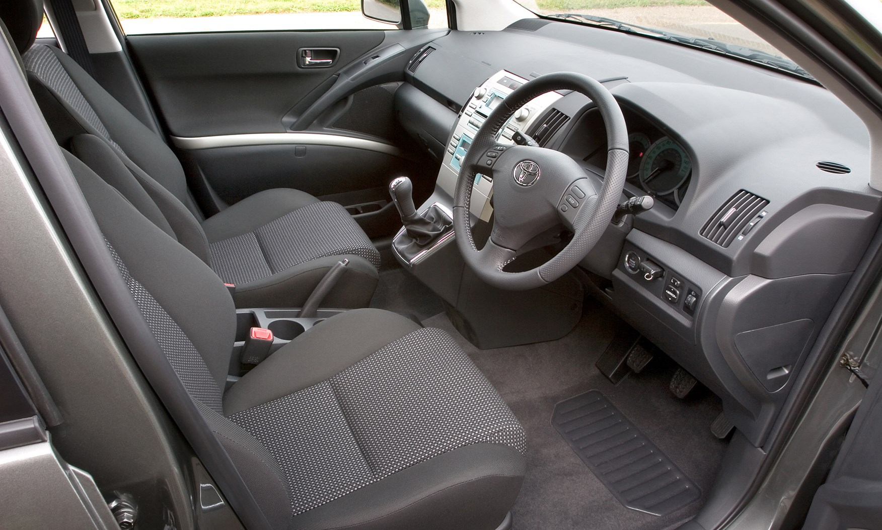 Used Toyota Corolla Verso (2004 - 2009) Review | Parkers