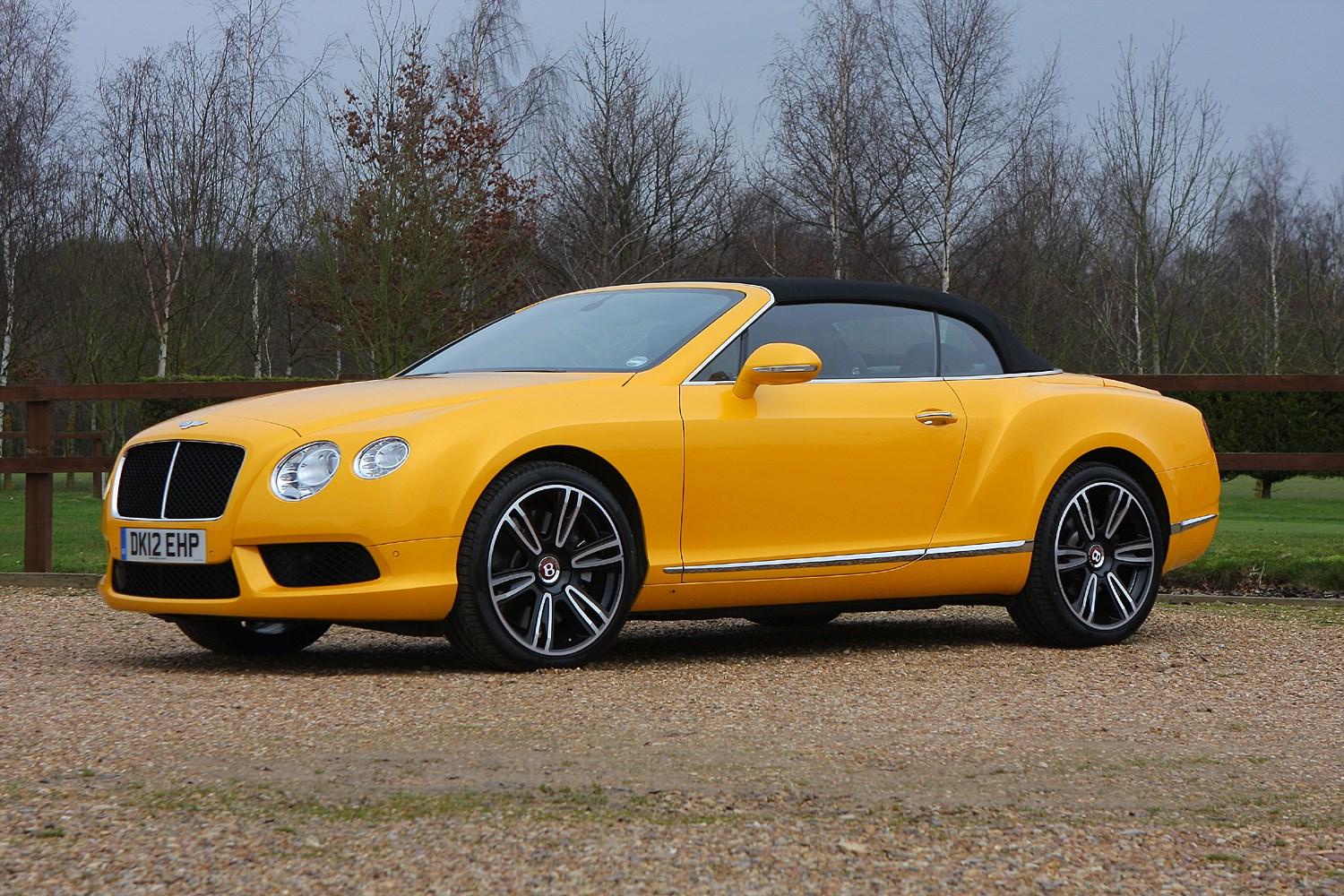 bentley continental gt gtc convertible 2011 buying and selling parkers. Black Bedroom Furniture Sets. Home Design Ideas