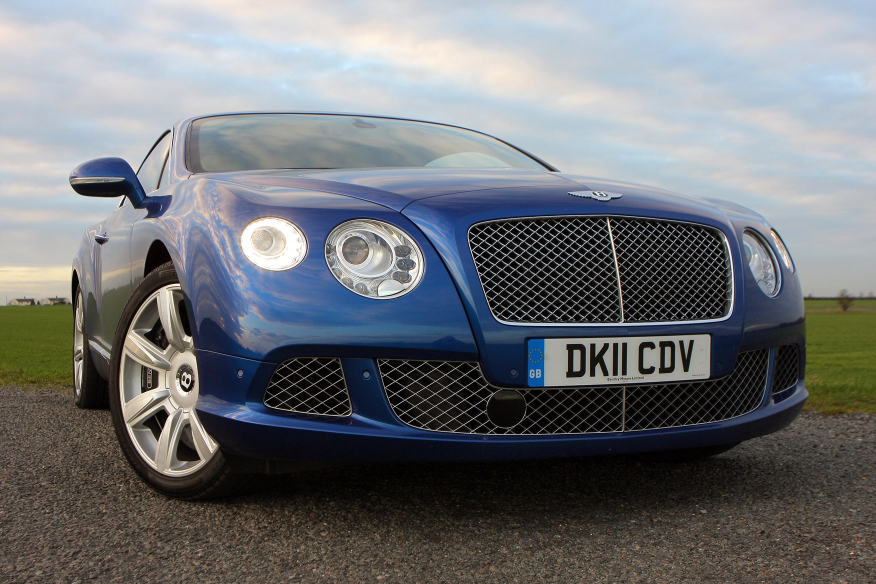 bentayga cars you t w new the isn cloudfront bentley q isnt drive url net for of cost