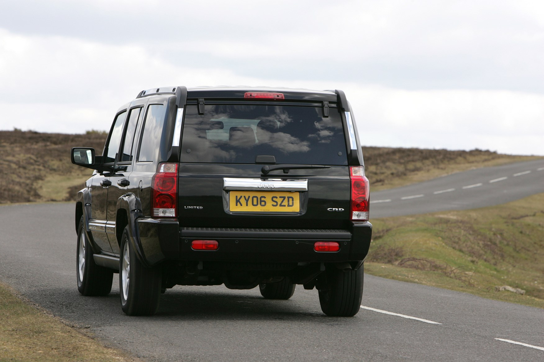 Jeep Commander Station Wagon Review (2006   2009) | Parkers