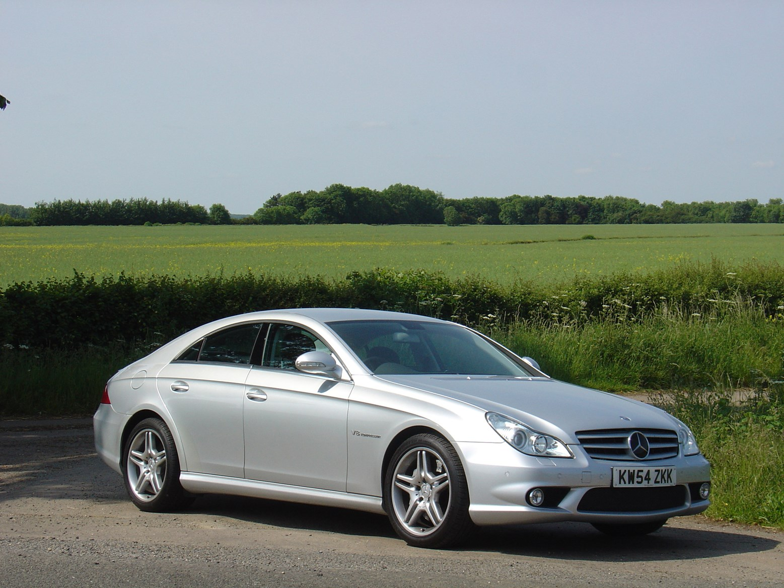 Mercedes benz cls amg 2005 2010 running costs parkers for How much is mercedes benz