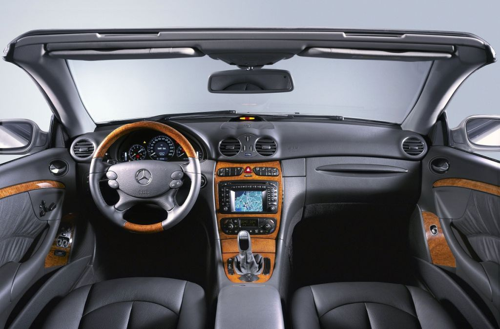 mercedes benz clk cabriolet review 2003 2009 parkers rh parkers co uk C-Class Manual Transmission mercedes benz clk manual transmission