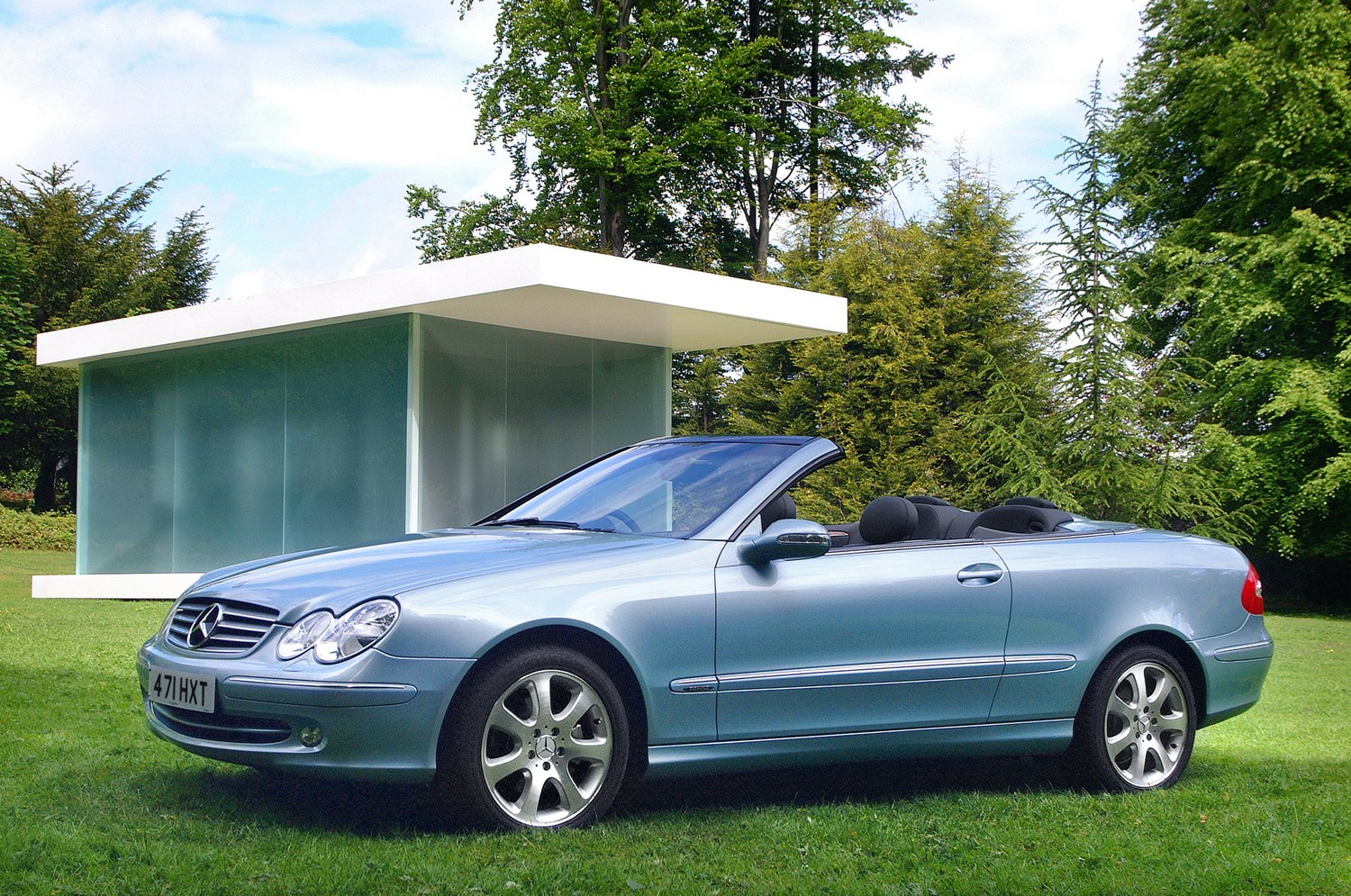 mercedes benz clk cabriolet review 2003 2009 parkers. Black Bedroom Furniture Sets. Home Design Ideas