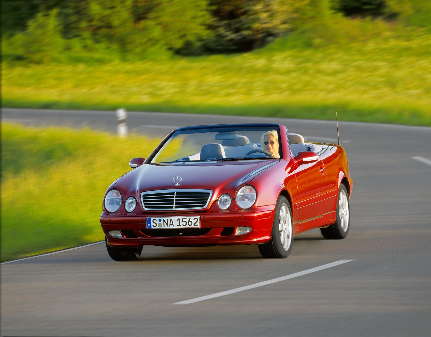 mercedes benz clk cabriolet review   parkers