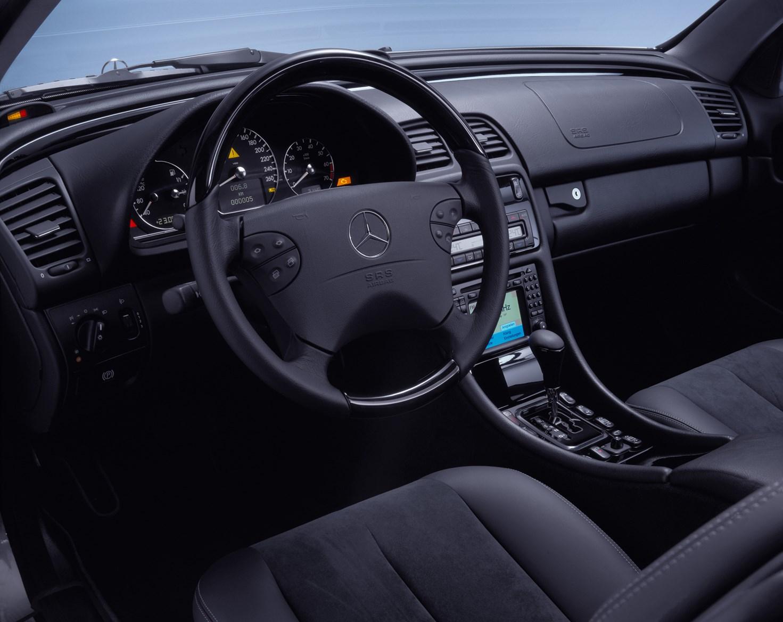 Mercedes benz clk cabriolet 1998 2003 features for Interior parts for mercedes benz