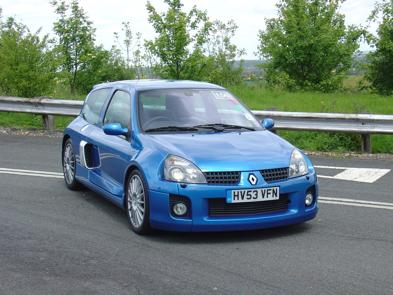 renault clio v6 review 2001 2005 parkers. Black Bedroom Furniture Sets. Home Design Ideas