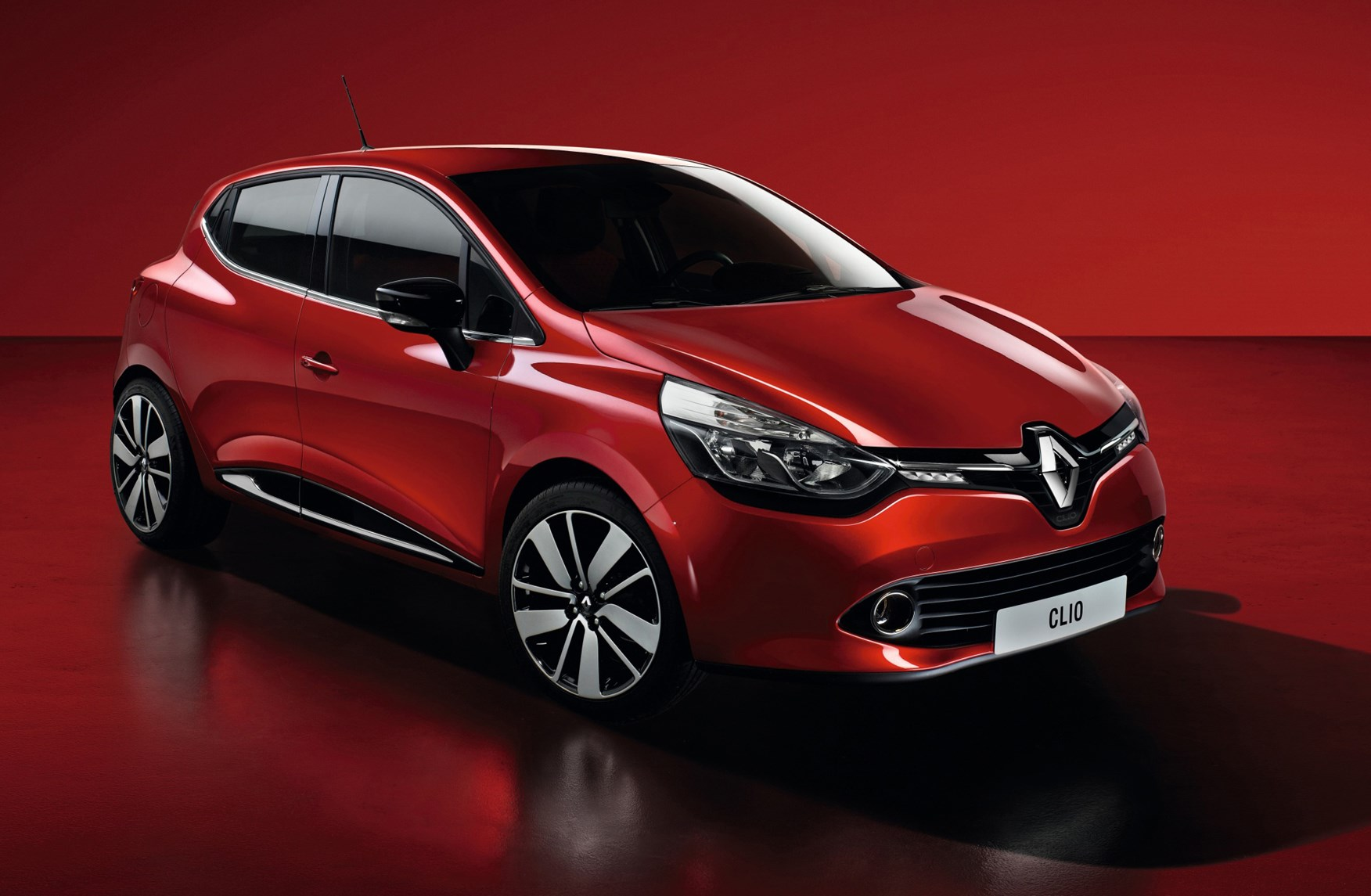 renault clio hatchback review 2012 parkers. Black Bedroom Furniture Sets. Home Design Ideas