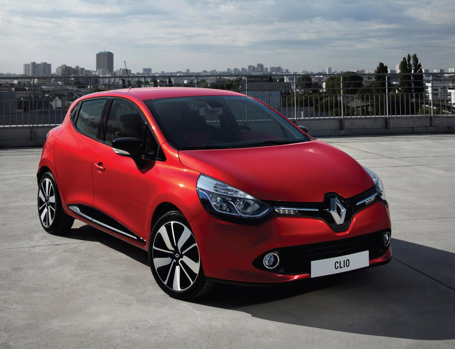 renault clio hatchback 2012 running costs parkers. Black Bedroom Furniture Sets. Home Design Ideas