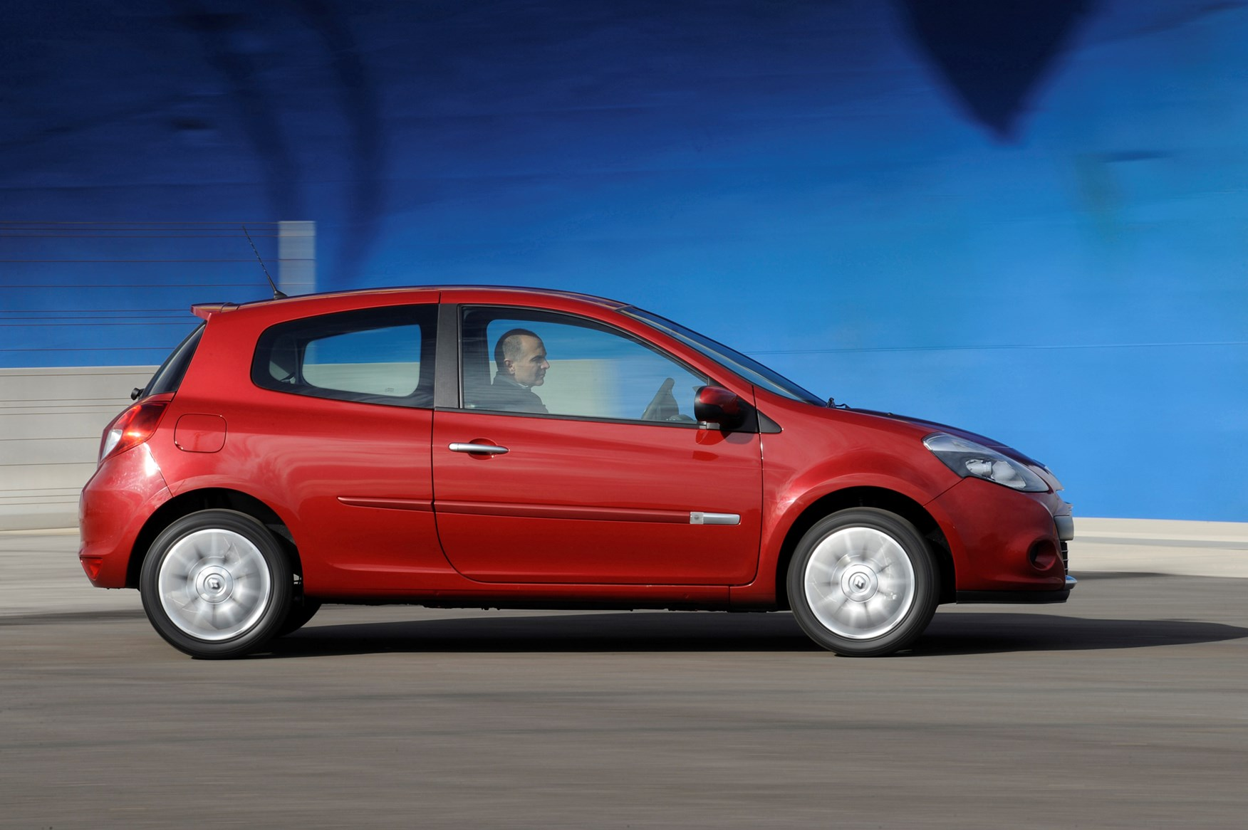 Used Renault Clio Hatchback 2005 2012 Practicality Parkers