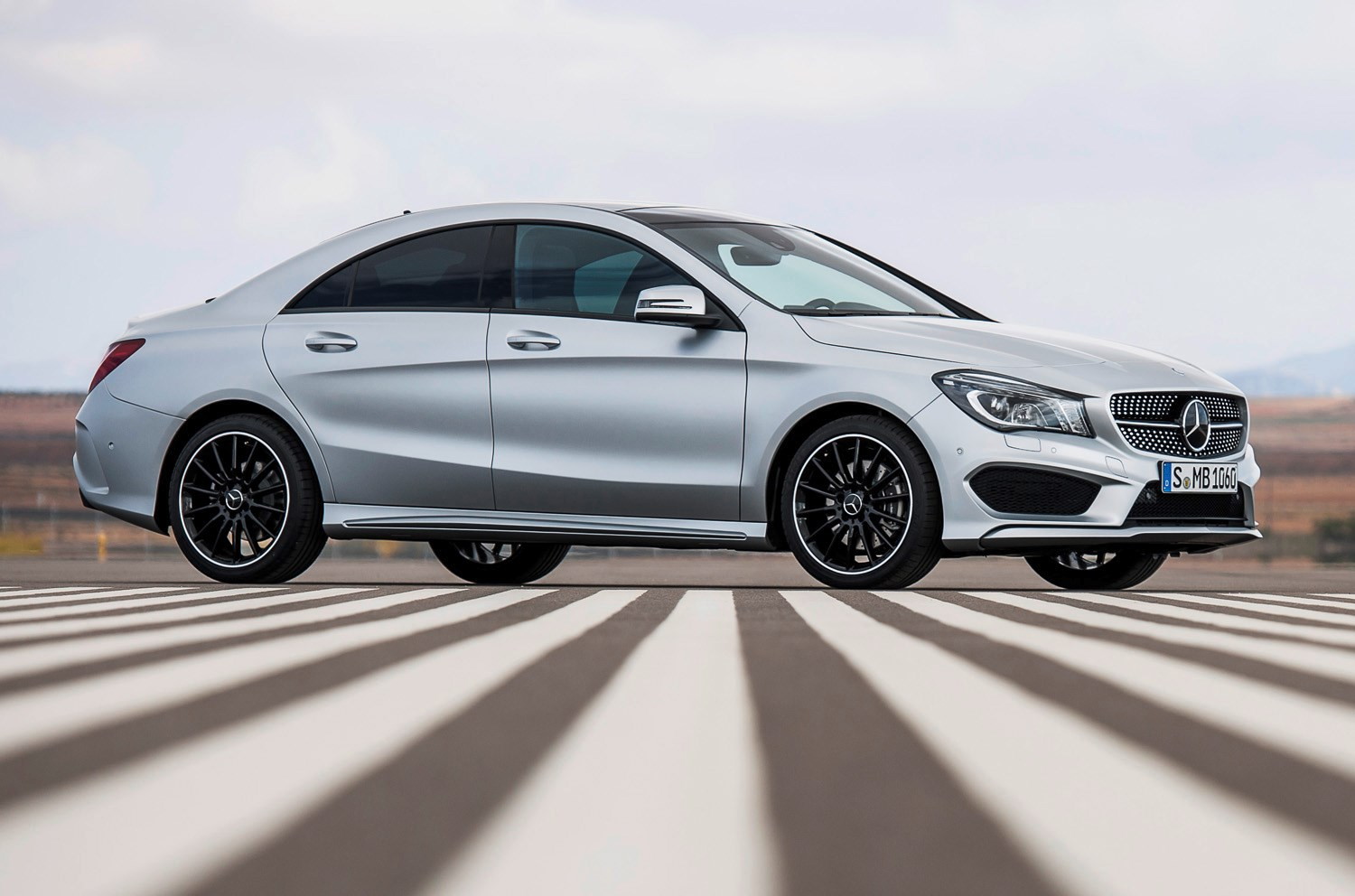 MercedesBenz CLAClass Coupe 2013   Features Equipment and