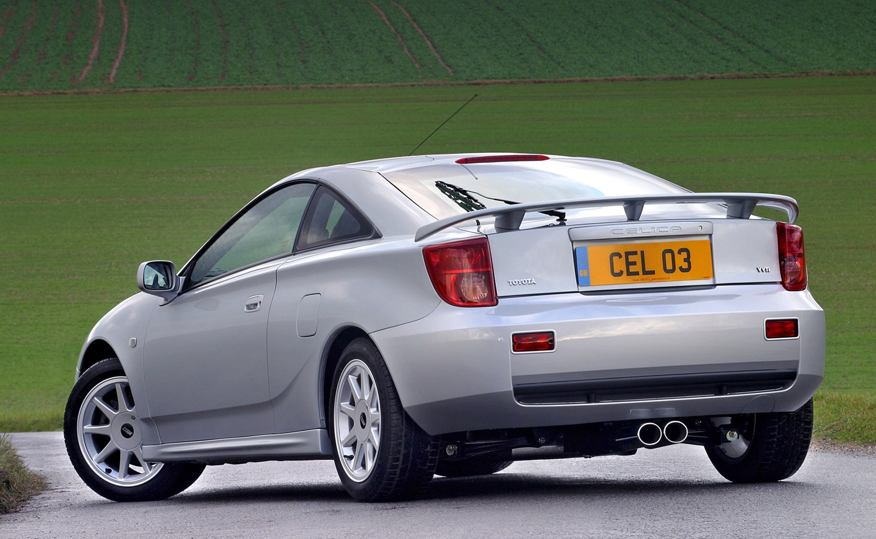 toyota celica coup review 1999   2006 parkers