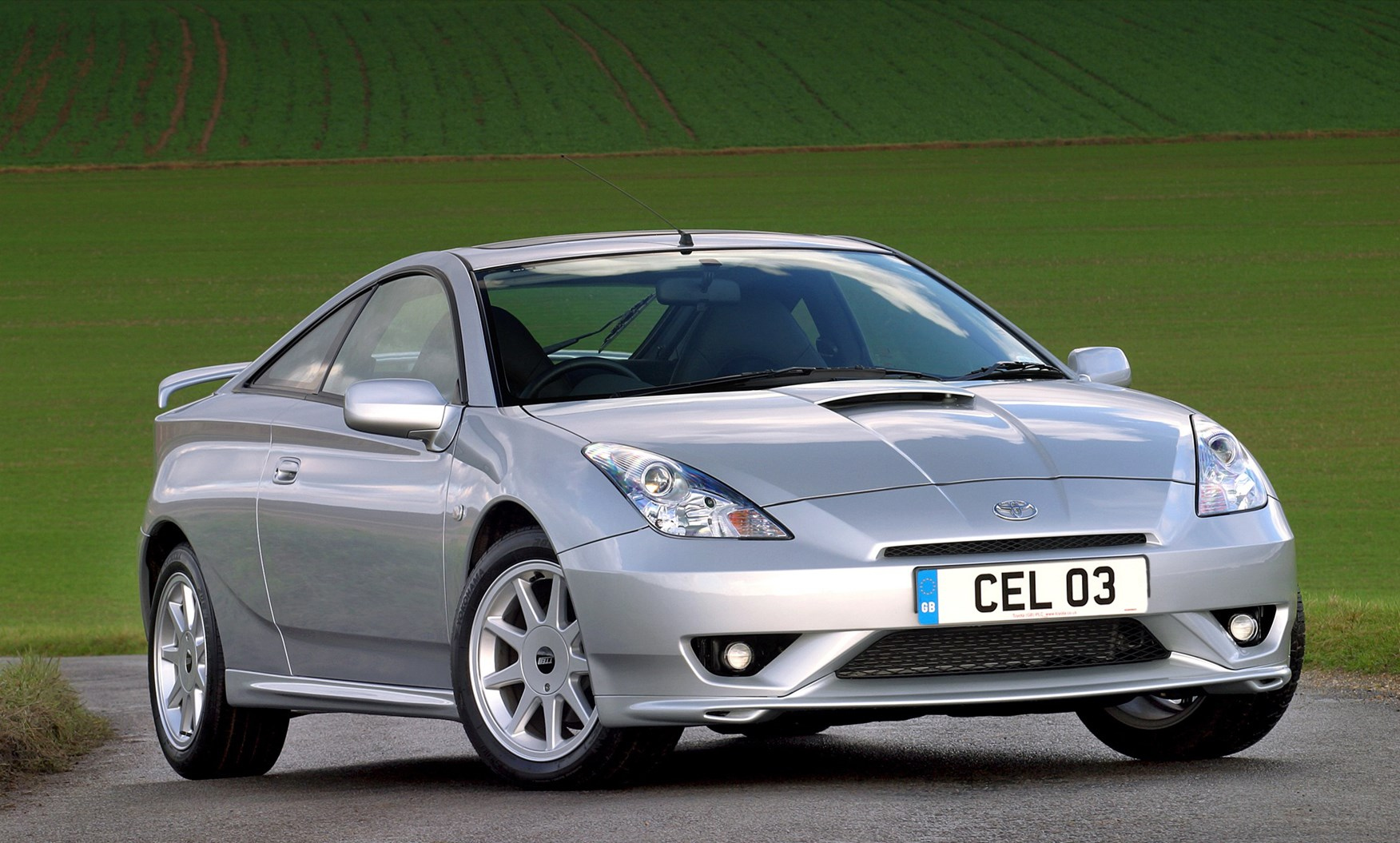 Toyota Celica Coupé (1999 - 2006) Running Costs | Parkers
