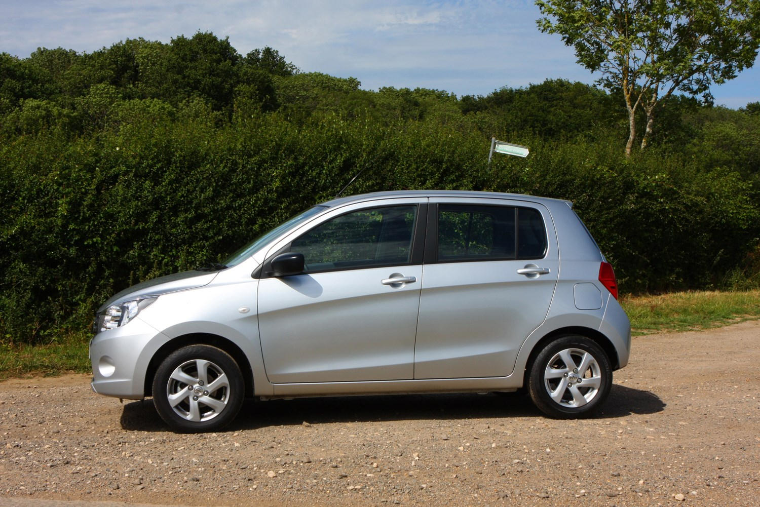 suzuki celerio hatchback review 2015 parkers