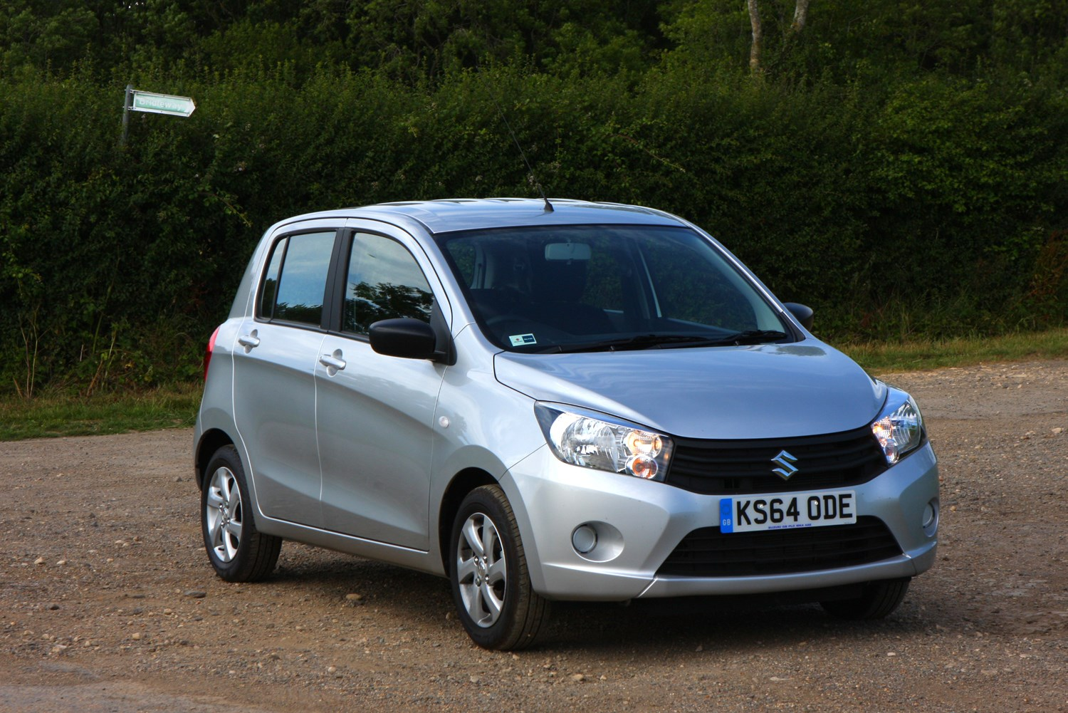 suzuki celerio hatchback review 2015 parkers. Black Bedroom Furniture Sets. Home Design Ideas
