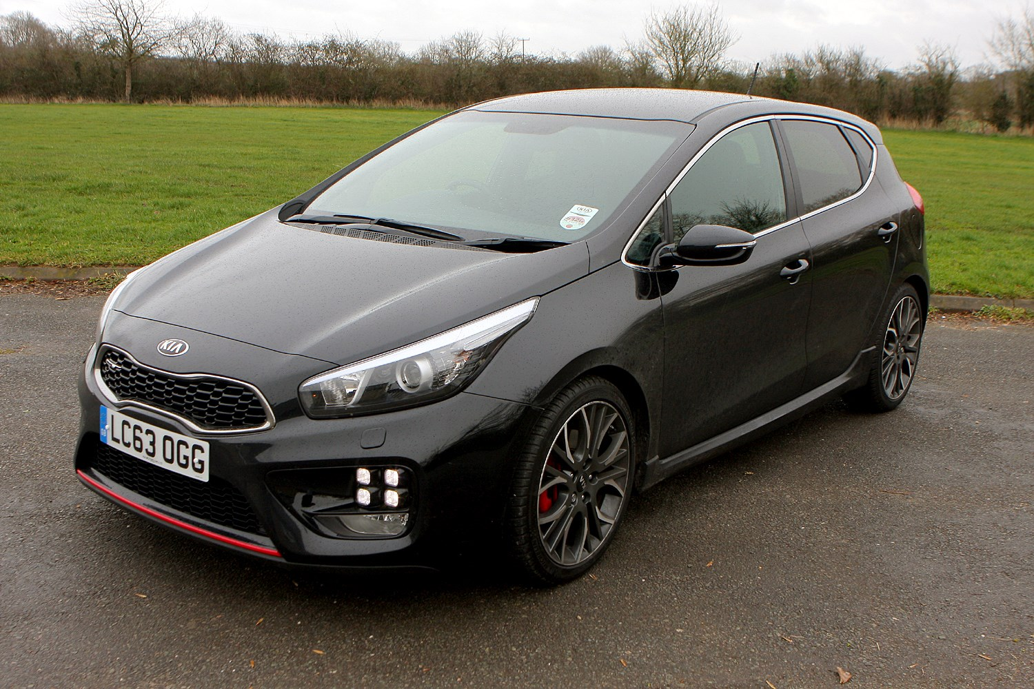 kia ceed gt   review parkers